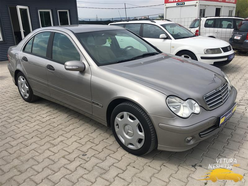 Rent a car dardania 044 26 9000 mercedes c 220 viti 2005 for Viti mercedes benz