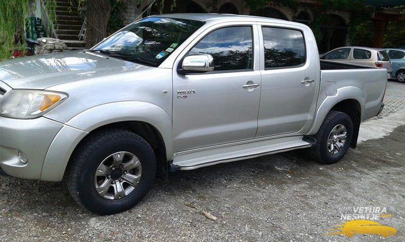 Vetura në shitje Toyota Hilux - Veturaneshitje com
